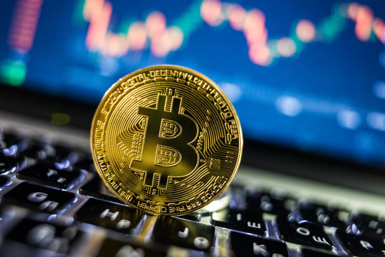 bitcoin gratuito 0 01 bitcoin uk market